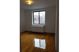 FLEX 3 BEDROOMS, PRIME MIDTOWN WEST LOCATION,STEPS FROM COLUMBUS CIRCLE