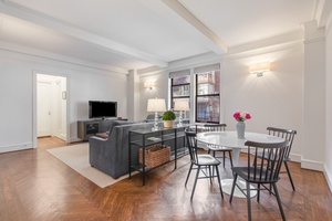 NEW PRICE $899K - 86th/Park Ave - BEST VALUE 2 BEDROOM UES