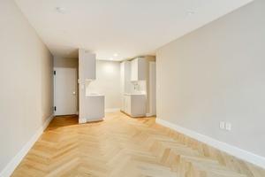 Modern One Bedroom in Beautiful Walk-up in Park Slope!