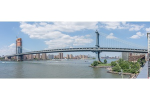 **Two Bedroom Condo with Stunning  Manhattan views!**