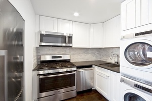 Gut Renovated 2 Bedroom __ Washer/Dryer__Private Outdoor Space!