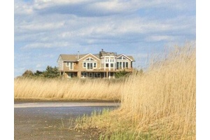 Sagaponack 5 Bedroom With Private Path to Ocean!