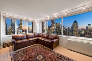Pristine High Floor Corner 3-Bed Condo on Billionaires Row