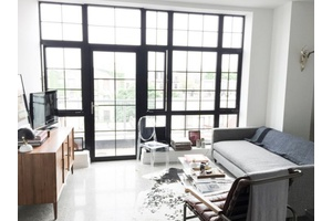 No Fee - Large & Bright One Bedroom w/ Parking in Bushwick For Rent