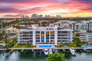Spectacular intercostal views   A boater's dream!