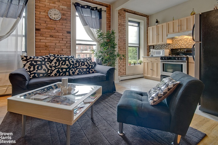 Extra Special And Bright This Large Renovated 2br Floor Through