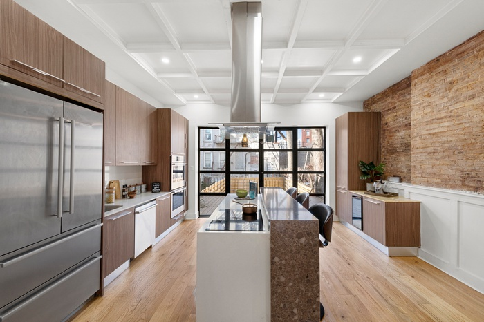 Incredible PLG Townhouse ONE BLOCK from Prospect Park!