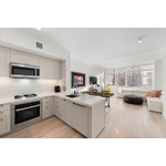 LUXURIOUS 1 BED IN YORKVILLE