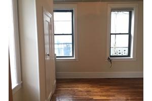 Astoria: Rent Stabilized 1 Bedroom Between 30th Ave & Broadway