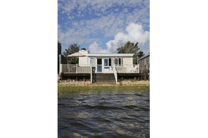 Amagansett Waterfront Beach Cottage Available for Purchase!