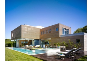 Exceptional Contemporary Home in South Quogue!