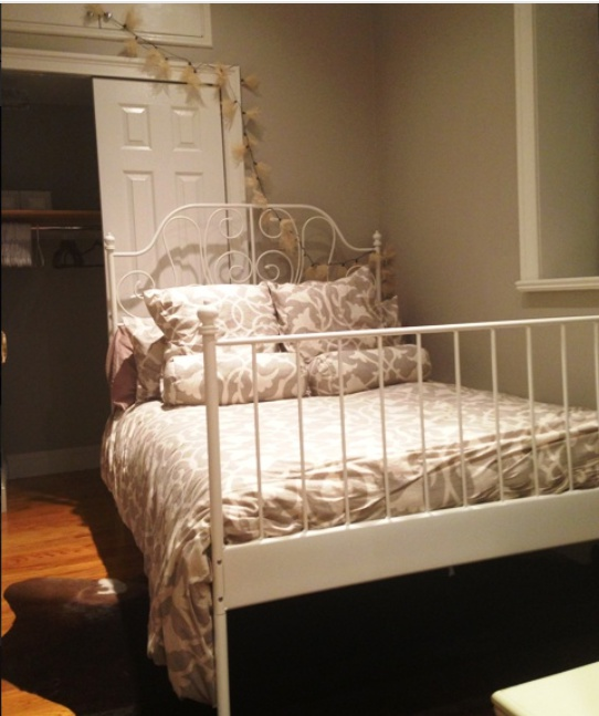 Village Green East Apartments: Recently Renovated Modern Two Bedroom. Excellent East