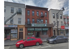 Retail space (laundromat) + 3 residential units in Journal Square, Jersey City NJ
