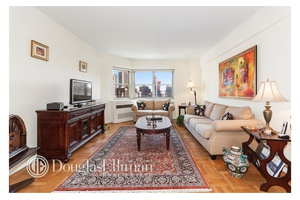 This is a sunny and spacious high Floor one bedroom home.
