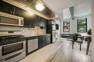 2 Bedroom 1.5 bath Duplex Soho-Style Loft located in the heart of Downtown Hoboken!  Studio - 3 Bedroom Homes!  No Broker Fees! Close to Washington Street, Hoboken Path and Lightrail!