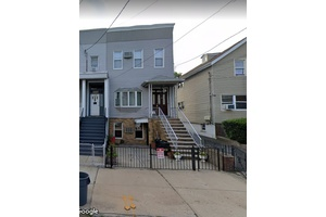 Jersey City Heights, 2 family building with parking and large backyard