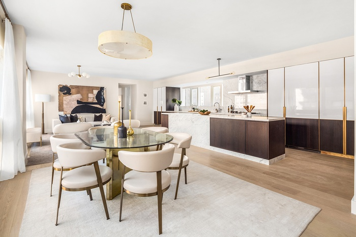 NEW DEVELOPMENT: ÉTAGE ON THE UES