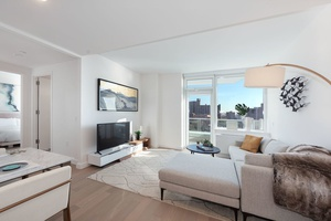 1 Bed/1 Bath in Brooklyn's newest most luxurious building! Miami Beach Living in NYC! NO Broker's Fee!