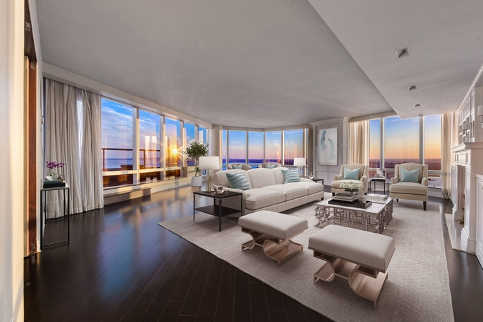 Your Dream Penthouse! Duplex 4+ Bed with 42 Foot Private Terrace and Unbelievable Harbor Views!