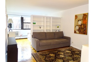 Prime Gramercy 1 Br 1Ba in Doorman building steps to Union Square