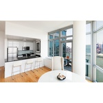 Stunning 1 Bedroom Apt w/ Private Balcony in Luxurious LIC Building