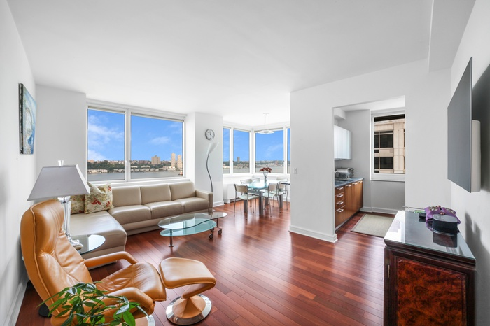 Spacious 3 Bedroom 3 Bathroom with Direct Hudson River Views at The Avery!
