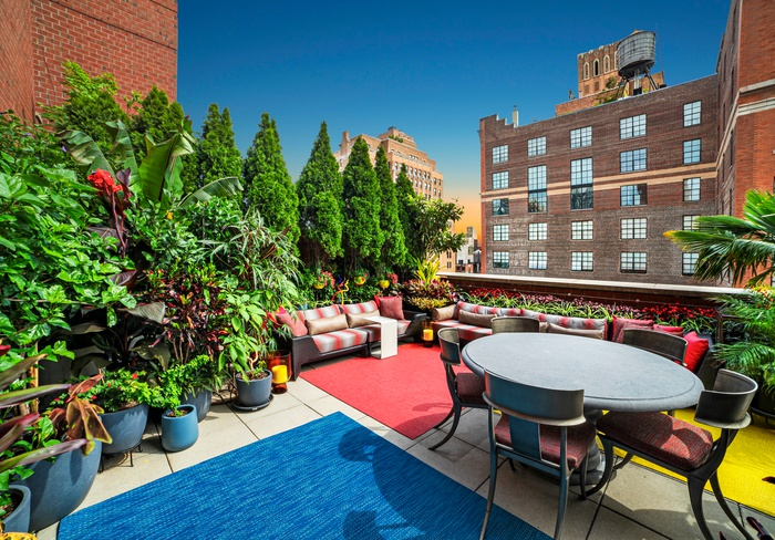 Conv 4 Bed/2 Bath Penthouse with lush Terraces in the Heart of Chelsea!