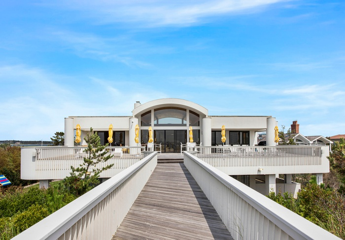 Quogue Private Water Front with Direct Beach Access