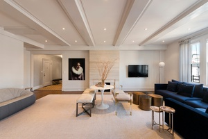 Gorgeous Renovated Pre-War Park Avenue Four Bedroom in Luxury Co-Op
