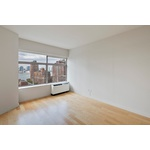 NO FEE   1 BED/ 1 BATH SPECTACULAR APARTMENT IN FINANCIAL DISTRICT BUILDING   DOORMAN   ROOF DECK   FITNESS CENTER