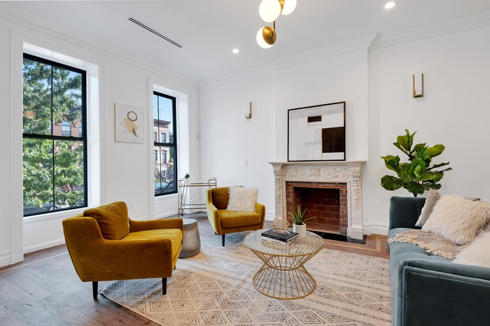 Fully renovated Bed Stuy brownstone with original details and working fireplace!