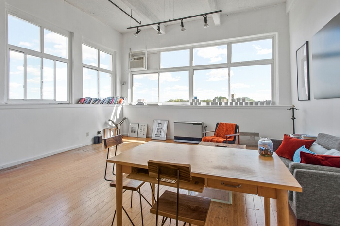 Commercial loft in Greenpoint Apt 501