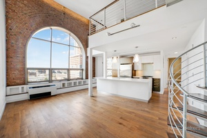 One of a Kind Duplex Loft at the PowerHouse  Condo- Convertible 3 Bedroom