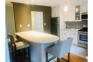 Gorgeous Studio in the center of Forest Hills Available now