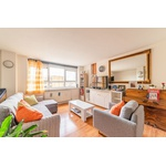 Stylish 2 Bedroom Apartment For Sale Bethnal Green