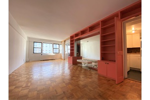 Large Alcove Studio that can be converted into a junior one bedroom.