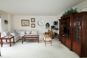 Let the Sun Shine into this Spacious East 2 bedroom apartment.