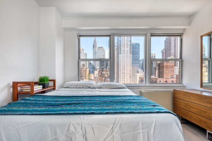 Amazing One Bed One Bath At The Warren House Murray Hill Chrysler Building Views