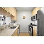 No Fee & 3 Months Free - Luxury Studio in Hell's Kitchen with Multitude of Amenities - High End Finishes