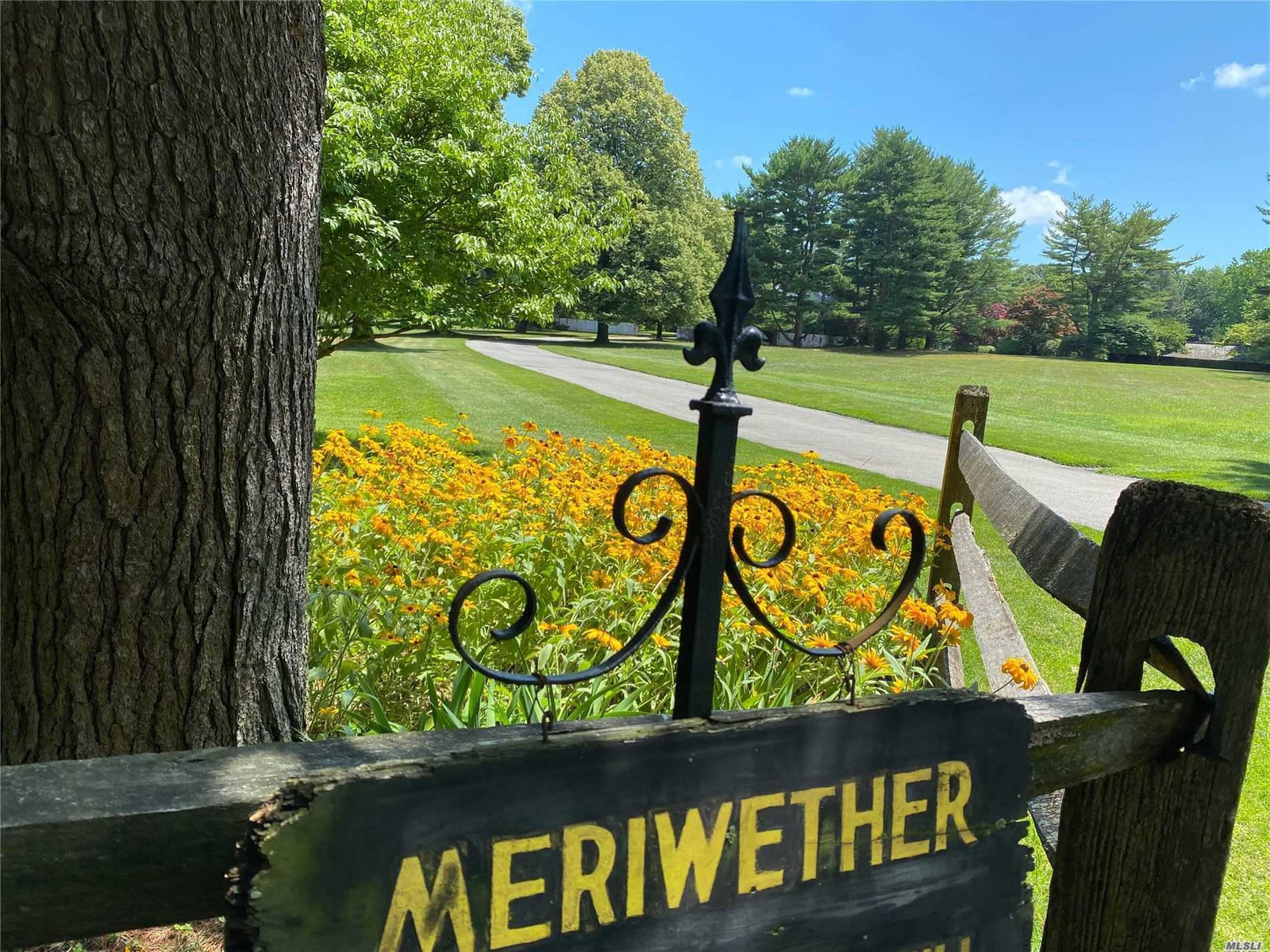 Meriwhether - Your Personal Paradise