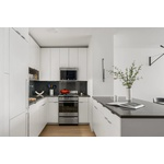 2 Bed/ 2 Bath Apartment in Midtown South