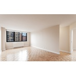 NO FEE , Yorkville 2 bed/2 bath apartment in a Luxury Building