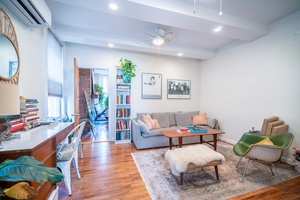 Stunning 1.5 Bedroom Located in Prime Downton Jersey City! 1 Car Parking included in the Rent and Free Laundry and Storage on Site!