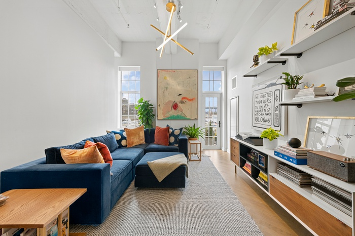 LUXURY WATERFRONT CONDO WITH PRIVATE OUTDOOR SPACE & NYC VIEWS