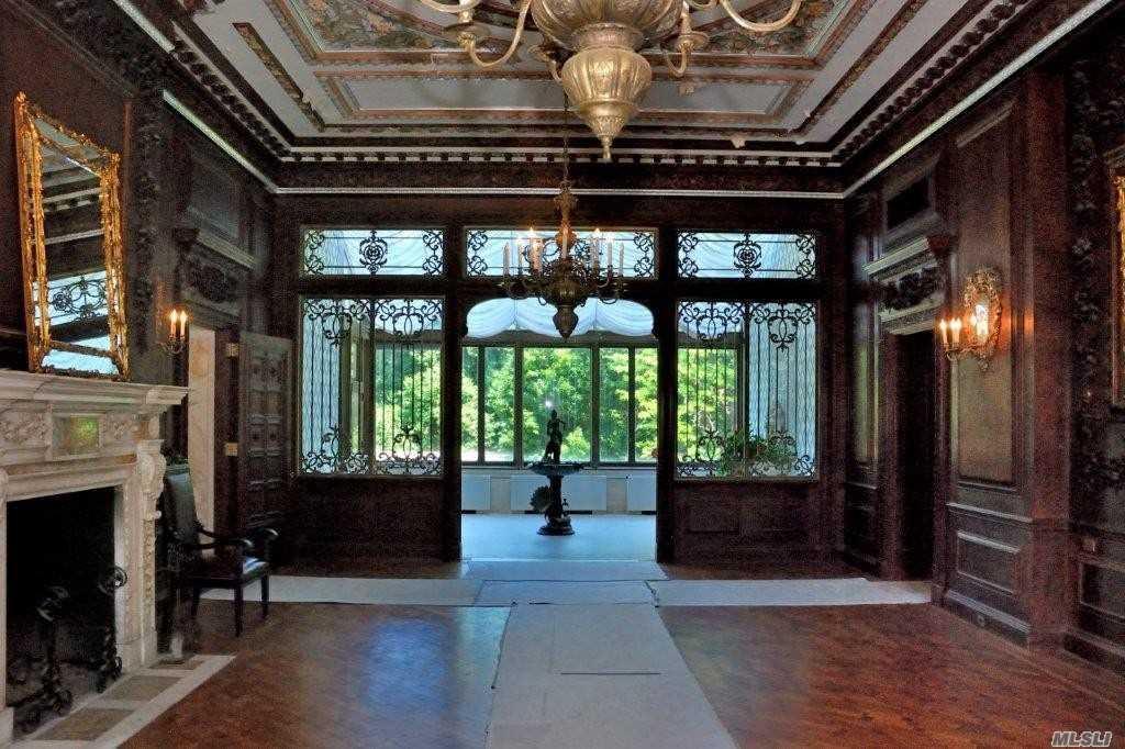 1st level main room