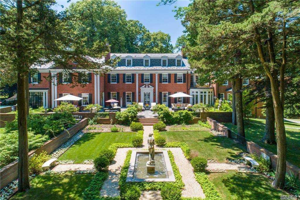 Georgian Style Manor Home