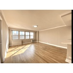 2 bed/2 Bath Luxury Apartment,  Newly renovated, Tribeca, Sun Filled