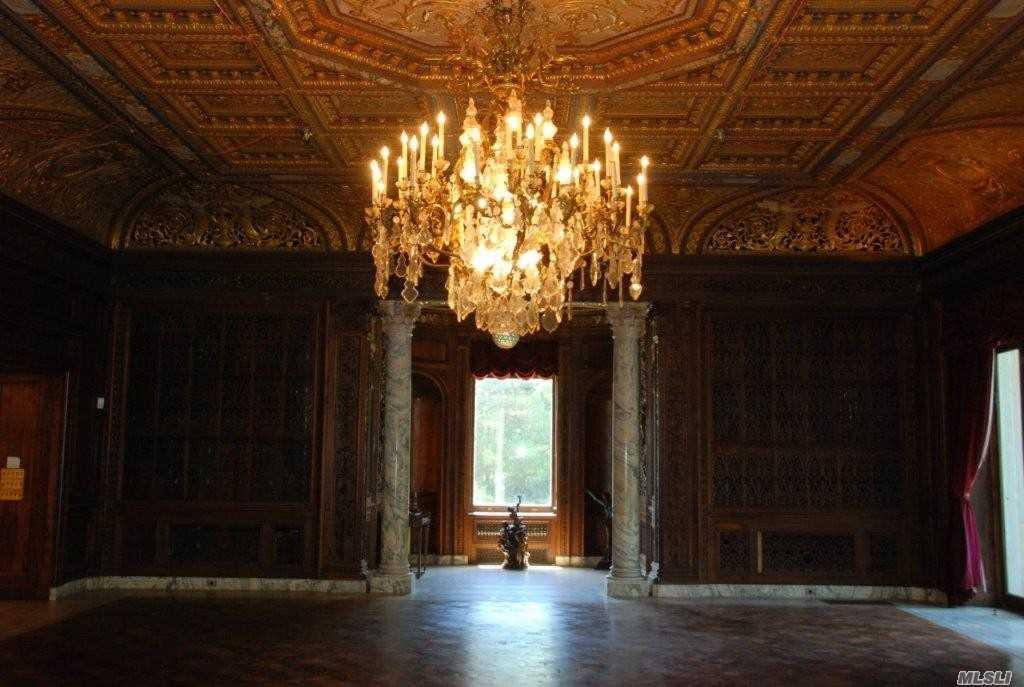 1st level ballroom