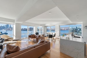 PANORAMIC BROOKLYN WATERFRONT 3 BED