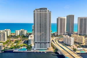 Miami Investment | Waterfront Property | Condo-Hotel | High ROI, Yield Opportunity | 2 bed 2 bath